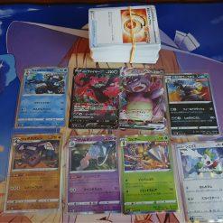 Pokemon S5a Sword & Shield Double Fighter 143 Kaarten Inclusief 2 V en 6 Holokaarten